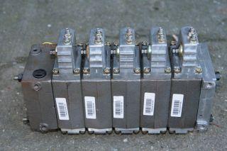 zif8o_distribuitor-hidraulic-danfoss-pvg32-pentru-schaeff-hml30.jpg