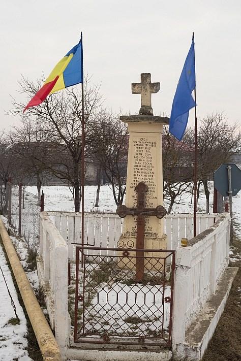 Geaca-Sucutard-Monument.jpg