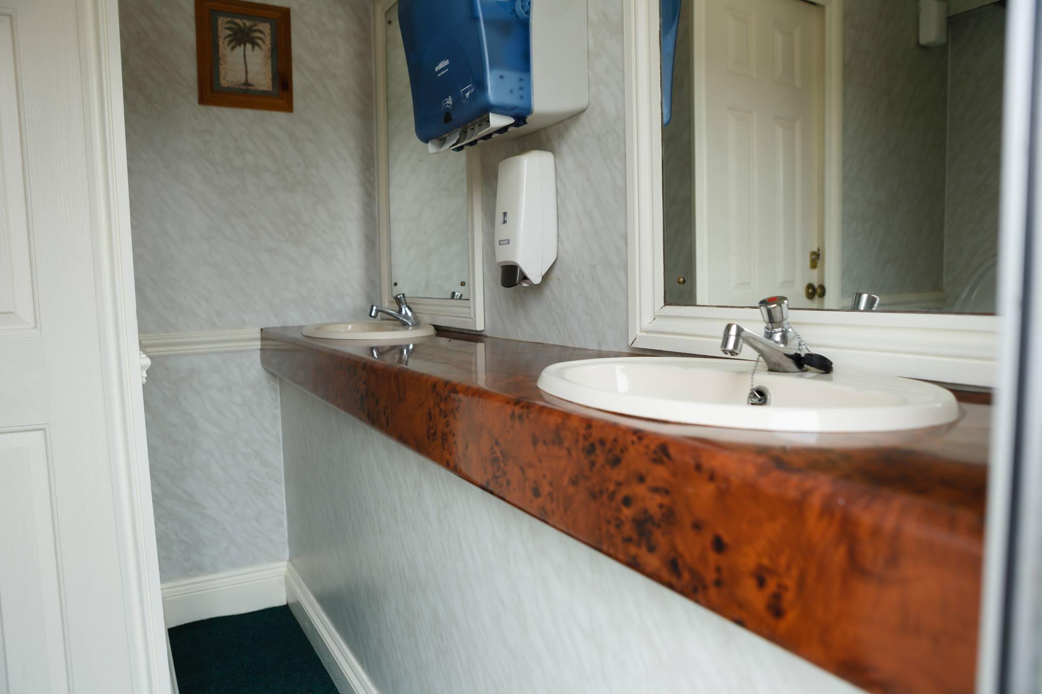 toalete-lux-7.jpg